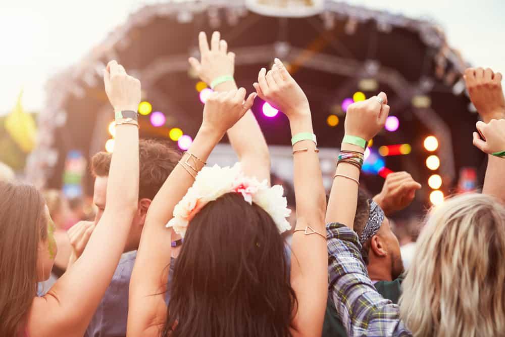 Ya llegó el verano. Let's dance